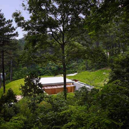 Земля Дом от BCHO Architects