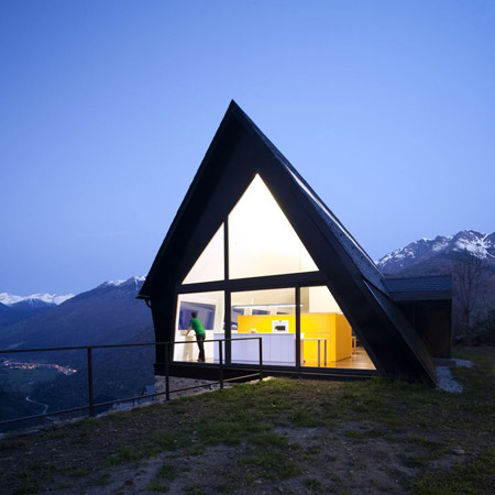 House in the Pyrenees by Cadaval & Solà-Morales