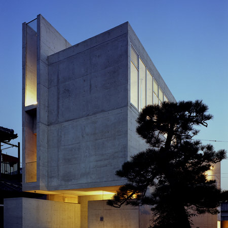 dzn_House-for-Three-Children-by-Masato-Sekiya-18