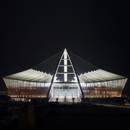dzn_Moses-Mabhida-Stadium-by-GMP-Architekten-3