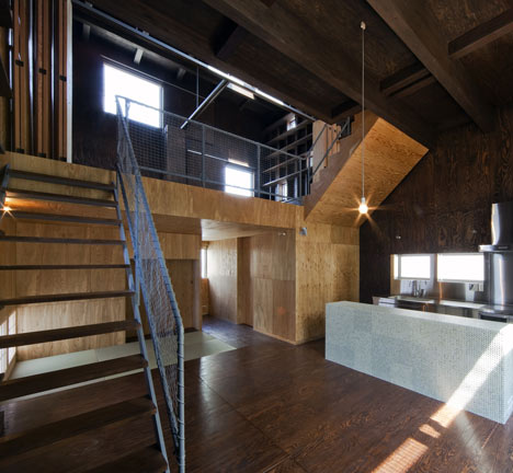 House in Hamadera by Coo Planning