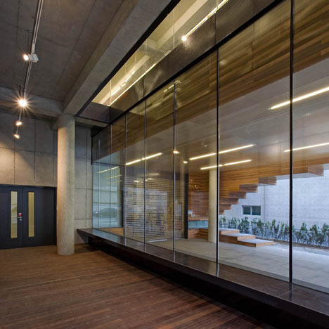 Life and power Press by Unsangdong architects
