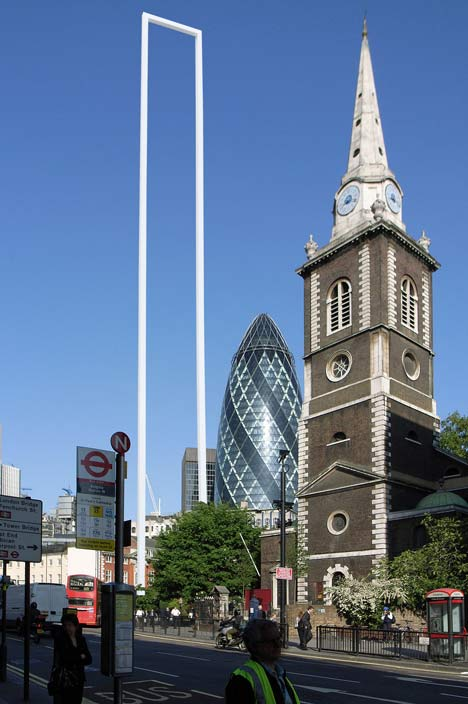 London Gate by Fernando Donis
