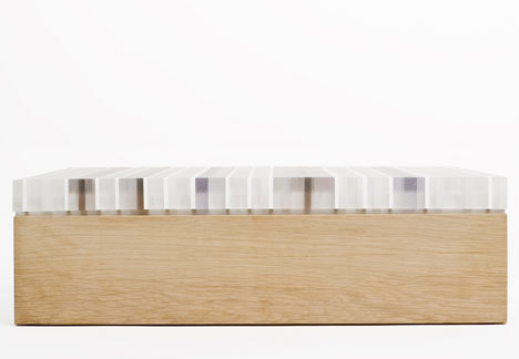 PLET table by Reinier de Jong