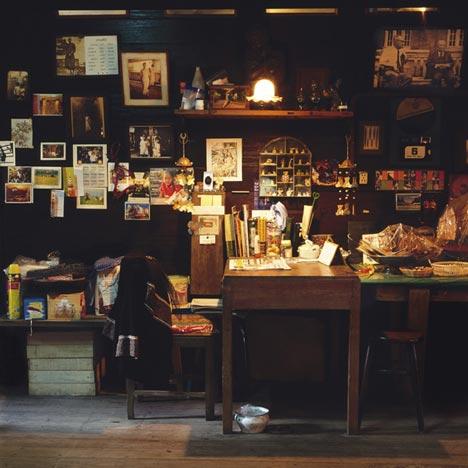 Shophouses – 4 x 8 m Bangkok by Peter Nitsch