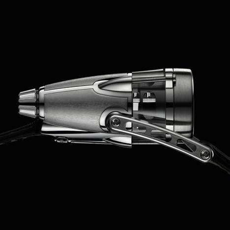 HM4 Thunderbolt by Maximilian Büsser