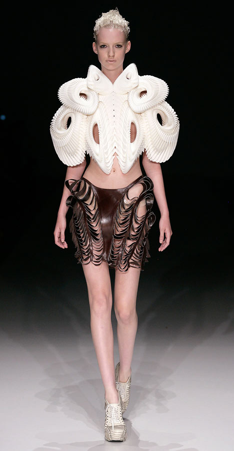 Crystallization by Iris van Herpen
