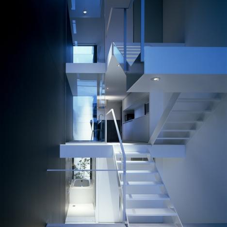 A House in Showa-cho by Shintaro Fujiwara
