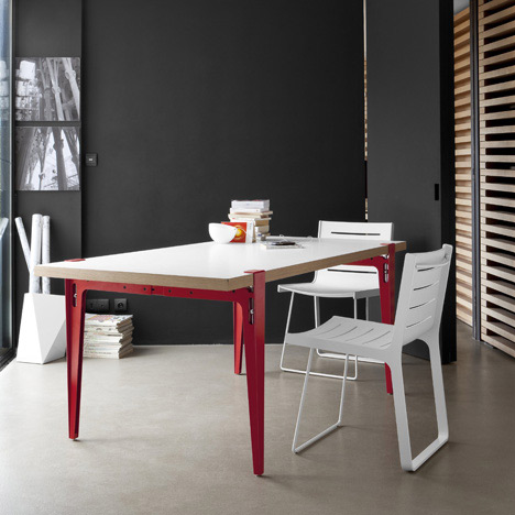Aluchair by Jacques Ferrier for Ligne Roset Contracts