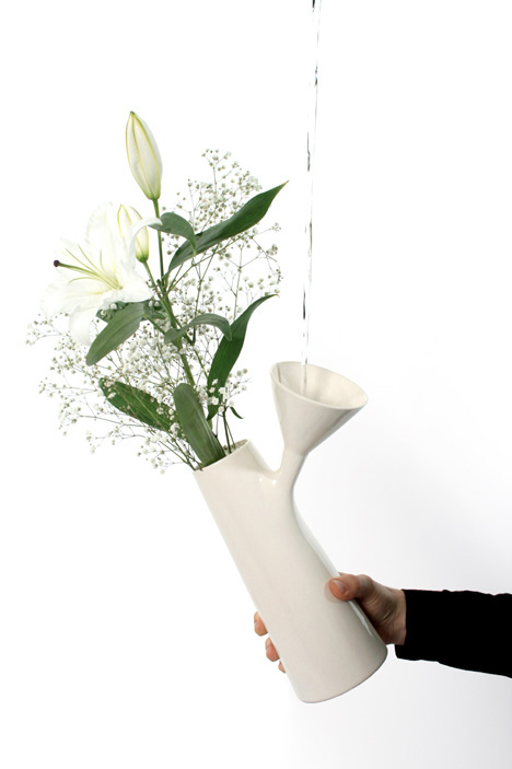 Funnel Vase by Roger Arquer
