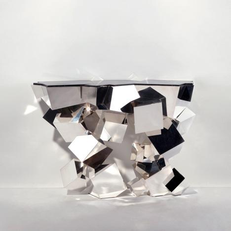 387 consolecristalloide by Herve Van Der Straeten