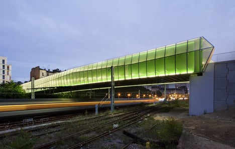 Choisy-le-Roi bridge by Jacques Ferrier Architectures