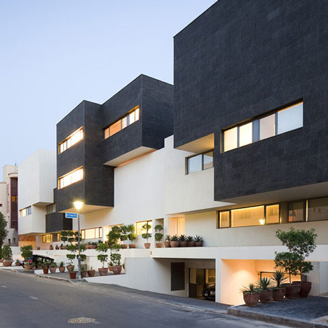 Black White House By Agi Architects Dezeen