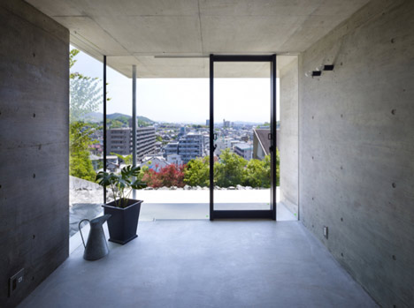 House in Fukuyama by Suppose Design Office