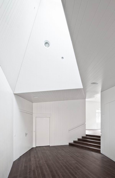 Parish House St Josef by Frei and Saarinen Architects