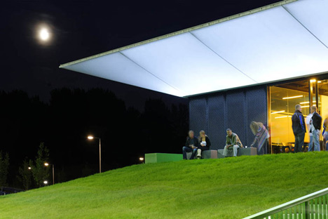 Sports Pavillion by MoederscheimMoonen Architects