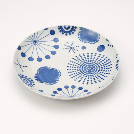 Ceramic tableware by Jaime Hayón