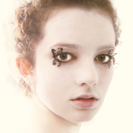 Eyelashes by Paperself