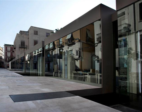 El Claustro Cultural Center by Eneseis