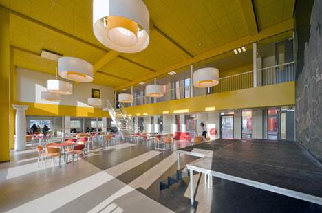 Het 4e Gymnasium by HVDN Architecten
