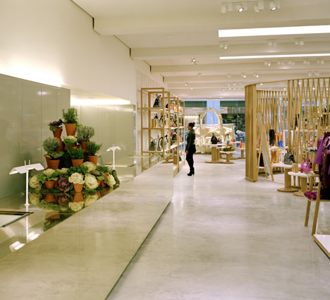 Mulberry Store by Universal Design Studio