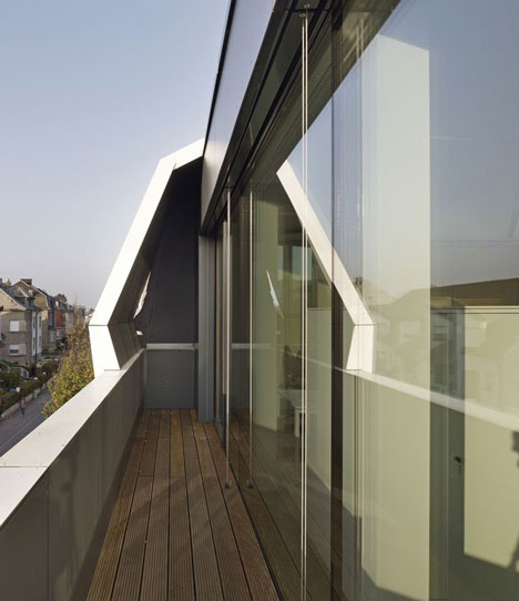 Rooftop Office Dudelange by dagli