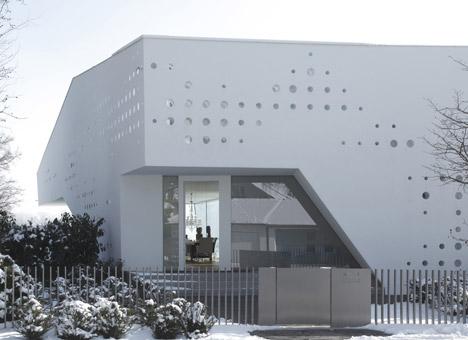 House R by Bembe Dellinger
