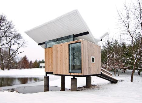 Meditation Hut by Jeffery Poss Architect