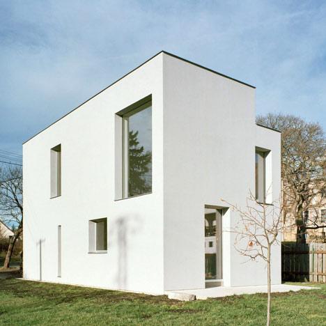 Mountain house by FAM Architekti