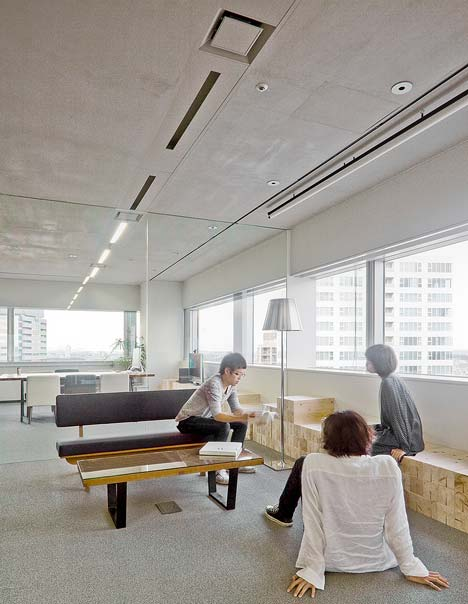 WOW office by Upsetters Architects