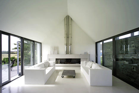 Belle Iloise House by Opus 5