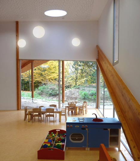 Le Petit Prince Nursery School by Carlos Barba