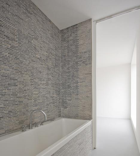 V35K18 by Pasel Keunzel Architects
