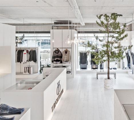 Y. Di Cassanova by Van Halewyck & Marco Architects