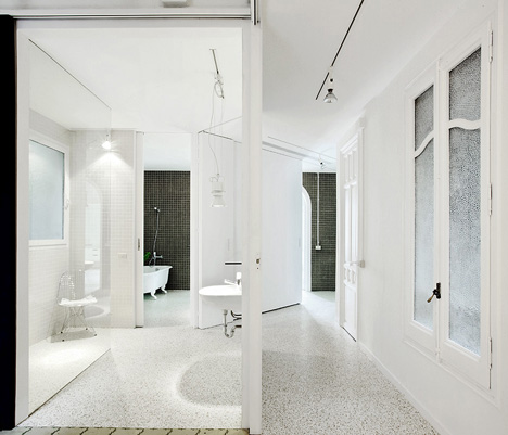 Apartment in Barcelona by Arquitectura-G