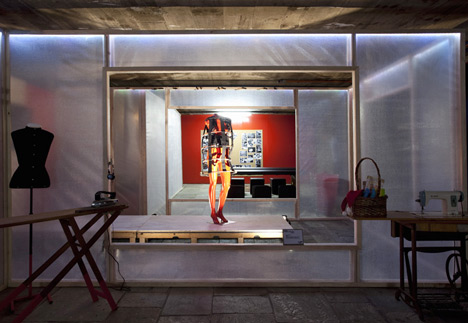 [Cyber]Sewing Atelier by Estudio Guto Requena