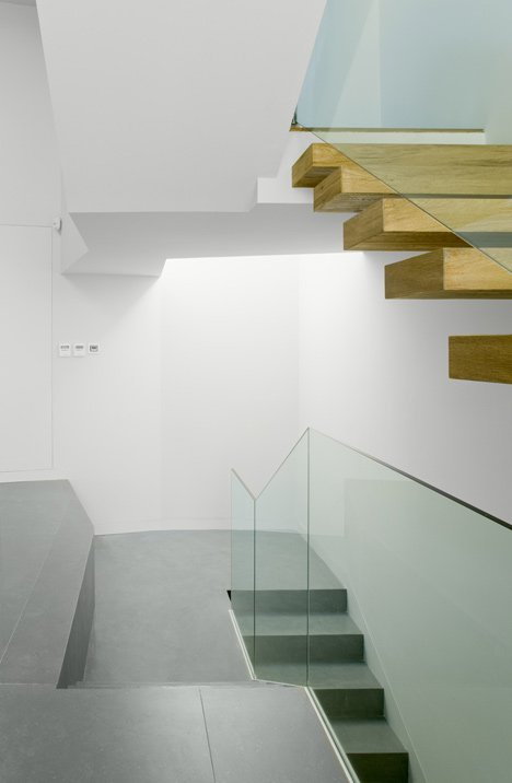 House C by RTA-Office