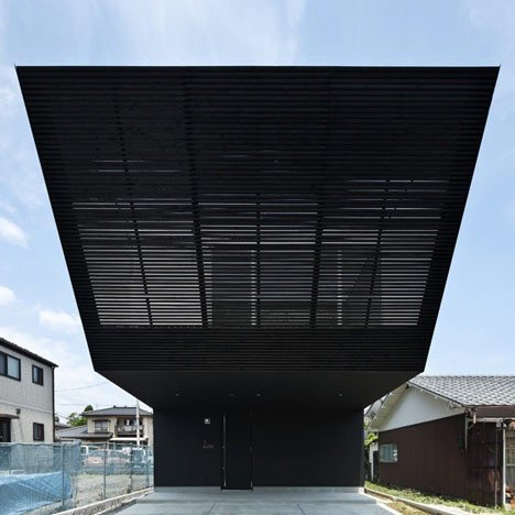 Lift by Apollo Architects and Associates