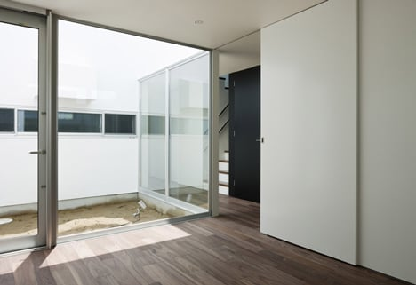 Lift by Apollo Architects & Associates