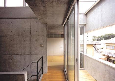 Minamikawa House by Yoshihara McKee Architects