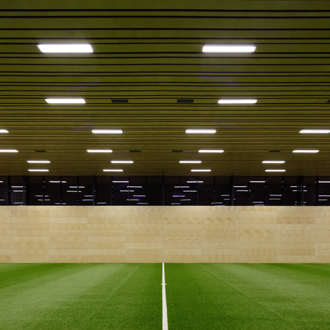 Sports Hall in Vienna by Franz Architekten and Atelier Mauch