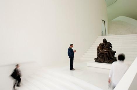 FREE Fernando Romero EnterprisE Museo Soumaya