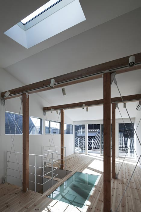House A by Takeshi Hamada
