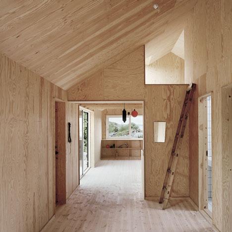 dezeen_House-Morran-by-Johannes-Norlande