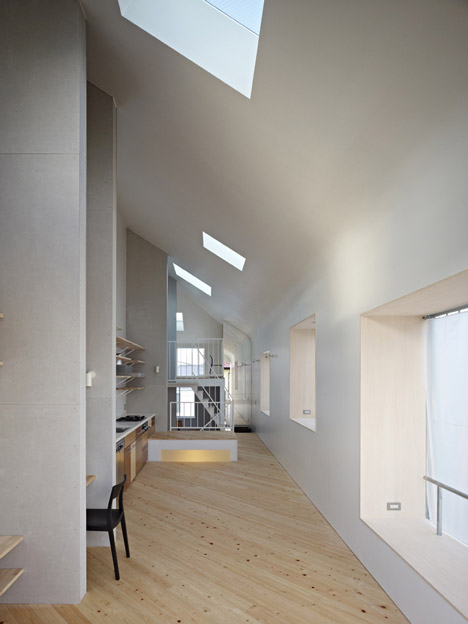 House in Ookayama by Torafu Architects