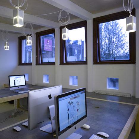 Dezeen Office by POST_OFFICE