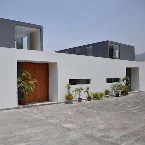 KH+DH House by Vladimir Kalinowski