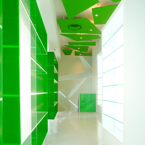 Pharmacy in Koukaki by KLab Architecture