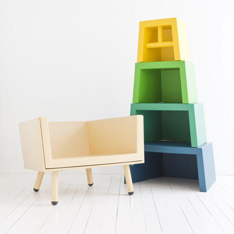 Stacking Throne by Laurens van Wieringen