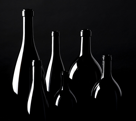 UNA wine bottles by Cibicworkshop